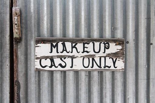 makeup-theater-1327443__340
